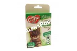 :Dolly Natural bolha és kullancsriasztó spot on macskák részére 5x1ml  DN0197  Dolly Natural bolha- és kullancsriasztó spot on macskák részére Terméknév: Dolly Natural bolha- és kullancsriasztó spot on macskák részére Biocid terméktípus, termékforma: 19. terméktípus, riasztószer, spot on oldat Gyártja: Animall Professional Care Kft. (telephely: 2376 Hernád, Fő u. 183. M: +36-20-852-6464, e-mail: a.p.c.kft@gmail.com Forgalmazó: Alpha-Vet Állatgyógyászati, Kft., 8000 Székesfehérvár, Homoksor 7. Vevőszolgálat: +36-22/516-402, -403, -408, -409, e-mail: vevoszolgalat@alpha-vet.hu, www.alpha-vet.hu Hatóanyag: Gerániol 0,3 g/100 g (CAS szám: 106-24-1), Felhasználási terület: Bolha- és kullancsriasztó hatás kifejtése macska testfelületén. Felhasználási kör: Lakossági felhasználásra Célállat: macska Célszervezetek: bolha, kullancs Adagolás, alkalmazás: Macskák részére egy pipetta tartalma 1ml. A terméket vegye ki a kartondobozból, majd az állat hátán, a nyak kezdeténél hajtsa szét a szőrzetet úgy, hogy a bőr láthatóvá váljon. Ollóval vágja le a pipetta elkeskenyedő végét, majd a tartalmát a bőrre nyomja ki többször úgy, hogy a benne lévő spot-on teljesen kiürüljön közvetlenül egy helyre. A termék egyszeri alkalmazással az előírt adagolásban 15 napig elriasztja a bolhákat és a kullancsokat. Eltarthatóság és tárolás: 18 hónapig eltartható, az eredeti, jól lezárt csomagolásban, 0-40 °C közötti hőmérsékleten, közvetlen napfénytől védett, száraz helyen tárolva. Élelmiszertől, italtól, takarmánytól távol kell tartani. Veszélyt jelző piktogramok: Nem jelölésköteles Figyelmeztető mondatok: EUH208 Gerániolt tartalmaz. Allergiás reakciót válthat ki. EUH2010 Kérésre biztonsági adatlap kapható. Óvintézkedésre mondatok: P102 Gyermekektől elzárva tartandó. P262 Használat előtt olvassa el a címkén közölt információkat. P264 A használatot követően a kezet alaposan meg kell mosni. Figyelmeztetés: Kizárólag külsőleges alkalmazásra. Tíz hetesnél fiatalabb állatok esetében ne alkalmazza. Egyéni