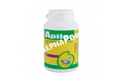 Apilac por 100 g  ERI1  Hatóanyag: Lactobacillus acidophilus 109 CFU B3-vitamin 37,5 mg Streptococcus faecium 109 CFU B5-vitamin 32,5 mg B1-vitamin: 80 mg B6-Vitamin 7,5 mg B2-Vitamin 25 mg C-vitamin ad 1,0 g  Célállat faj: mézelő méh  Javallat: Emésztést javító takarmánykiegészítő mézelő méhek számára. Az Apilac egy probiotikum jellegű kiegészítő takarmány készítmény, mely kedvező hatást gyakorol a méhek bélflórájára. Az élő baktériumkultúra tartalmánál fogva fermentálja a lépekbe betárolt virágport (méhkenyeret). A méhek számára fontos B vitamincsoportot tartalmaz, amely elengedhetetlenül fontos az anya és a fiasítás táplálásához  Adagolás:1 g Apilac-ot számítunk 10 l cukorszirupra. Egy méhcsaláddal 0,5 – 1 l szirupot itassunk 7 napon keresztül. Az Apilac-ból célszerű törzsoldatot csinálni a feloldáshoz, 1 gr-hoz 3 dl víz, s ezt önteni a sziruphoz.Lepény készítése esetén az adagolás: 0,5 kg lepényhez 2 gr Apilac adagolandó  Alkalmazható:Beteleltetéskor, rajzáskor, áttelepítéskor, tavasszal  Tárolás: Szobahőmérsékleten, zárt csomagolásban   Kiszerelés: 100 g
