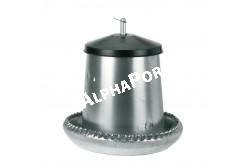 Etető Baromfi 40 L Fém Kr  KR71103  Magasság: 60 cm; Átmérő: cm 32; Tálca átmérő: 50 cm Alsó tálcában nincs elválasztás. 3 állítási lehetőség 5-7-9 cm kiömlő rés állítható. Kb. 25 kg takarmány fér bele.