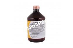 Jecuplex 500 ml  MEZO1  Összetétel:Glükóz: 10%,Kalcium-glukonat: 1,5%,Magnéziumszulfát.Összetevők: lizin: 0,05% metionin: 0,05% nátrium: 0%Adalékanyagok:1000 ml tartalmaz:Tápértékkel rendelkező adalékanyagok: 7.000 mg L-karnitin 3.000 mg Nikotinamid 500 mg L-lizin 500 mg DL-metionin 500 mg glicin 360 mg Dexpantenol 100 mg DL-valin 80 mg L-leucin 60 mg DL-fenilanalin 50 mg L-arginin 40 mg DL- izoleucin 40 mg L-treonin 20 mg L-hisztidin  Célállat fajok: lovak, szarvasmarhák, juhok, kecskék, sertések, baromfi, postagalambok és kutyák részére  Javallatok: A készítmény csíraszegény (steril) környezetben előállított, tehenek és anyajuhok ketózisának megelőzésére szolgáló diétás takarmány, amely egyben májvédő, zsíranyagcserét jótékonyan befolyásoló szerves kötésű komponenseket, aminosavakat, L-karnitint, ásványi anyagokat és vitaminokat is tartalmaz.A készítmény tehenek esetében ellés után, anyajuhok esetében ellés előtt és közvetlen utána, egyéb állatfajok esetében működési zavarok esetén, stresszhelyzetekben, növekedési időszakban, fokozott teljesítmény-elvárás esetén biztosítja a májműködés számára nélkülözhetetlen tápanyagokat  Adagolás:Felhasználás előtt kérje ki állatorvosa tanácsát.Ketózis megelőzésére: Tehén: ellés után 3-6 héten belül: 500 ml Anyajuh: ellés előtt 6 héttel és ellés után 3 héten belül: 100 ml Szükség esetén 24 óra múlva megismételhető. Az ellés utáni 2-4 napon: Tehén: 250-500 ml Anyajuh: 50-100 ml Kiegészítő takarmányként, májvédelemre: Szarvasmarha, ló: 500 ml-ig Borjú, csikó: 50 ml-ig Juh, kecske: 100 ml-ig Sertés / koca: 200-300 ml Malac: 3-6 ml Kutya, mérettől függően: 20-50 ml Nedves etetés esetén: Malac: 5-10 ml/l víz Ivóvízben adagolva: Malac: 0,2-2,0 ml/l Tojótyúk: rövid idejű kezelés esetén: 4,0 ml/l-ig, tartós kezelés esetén: 0,5 ml/l-ig Broiler: rövid idejű kezelés esetén: 2,5 ml/l-ig, tartós kezelés esetén: 0,5 ml/l-ig Postagalamb: 10 ml/l ivóvíz, /20 galamb/nap, hetente 2-szer  Kiszerelés: 500 ml, 5 liter